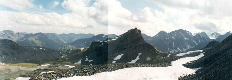вид с перевала Иолдо-Айры Ц. в долину реки Ю. Иолдо