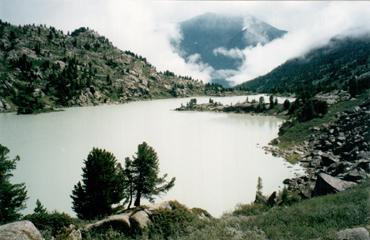 озеро Дарашкель. Катунские белки, Алтай