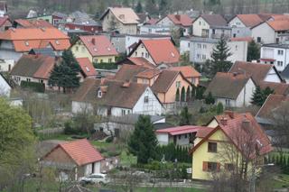 Так живут поляки. Средняя з/п ~1000 евро, но и цены низкие