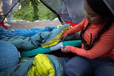 самонадувающийя коврик therm-a-rest trail Pro комплектация