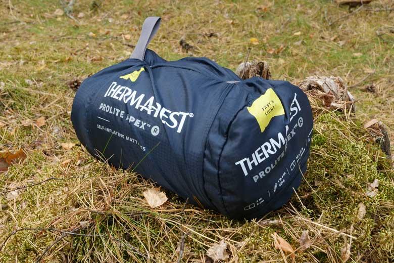 самонадувающийя коврик therm-a-rest prolite apex купить