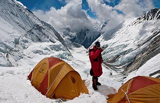 Эверест со стороны Непала, camp 2, палатка Marmot Thor 2P